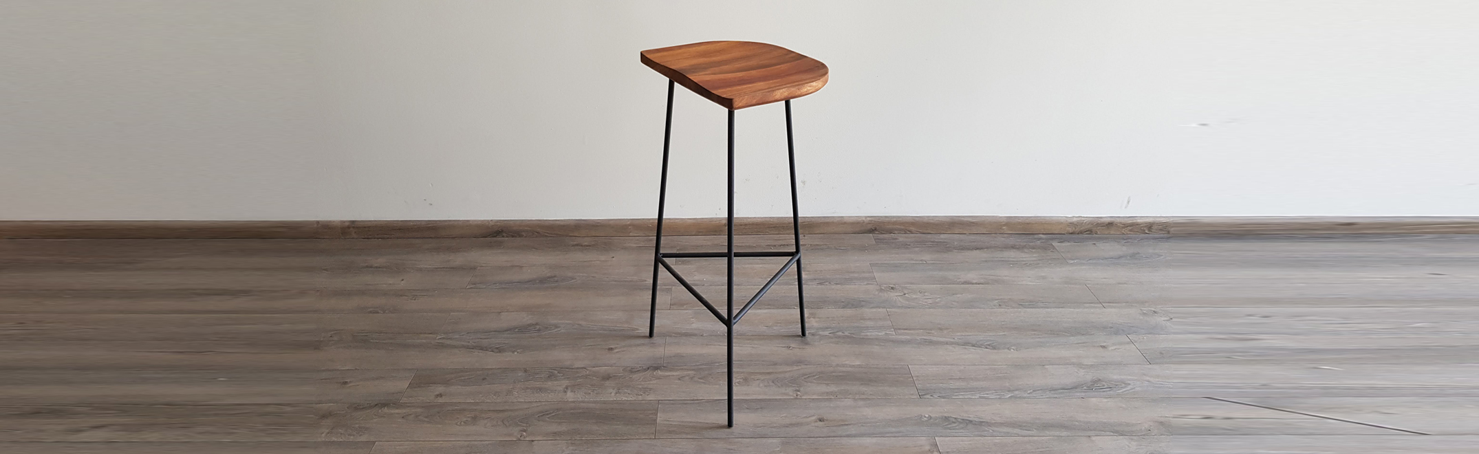 Stool - Taburete - Madera - Wood